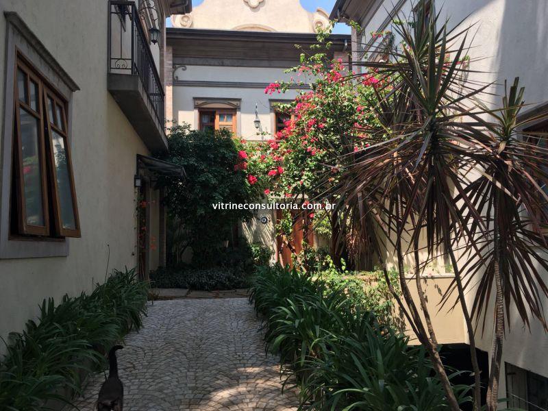http://www.vitrineconsultoria.com.br/fotos_imoveis/454/2017.10.18-16.06.35-1.jpg